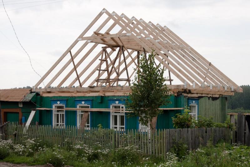 Крыши деревенских домов фото