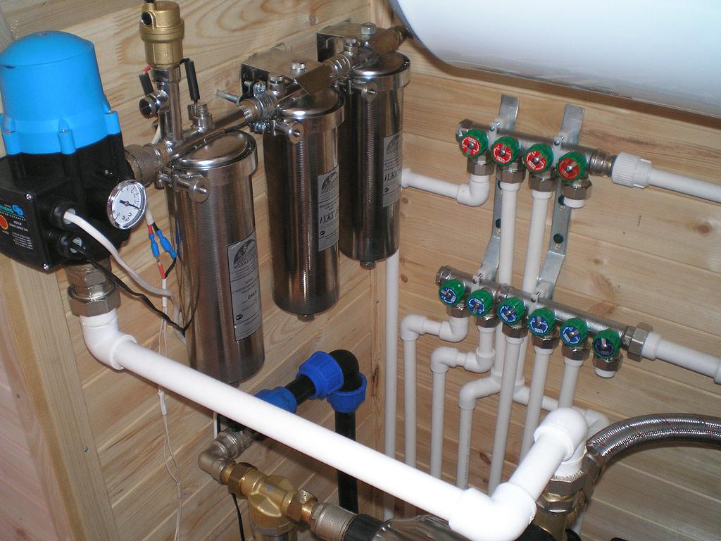 Монтаж водопровода частном доме своими руками