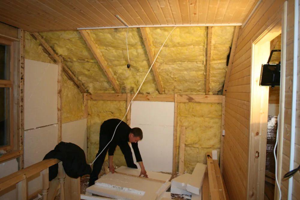 Как утеплить деревянный потолок снаружи в деревянном доме своими руками 83