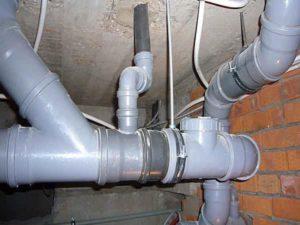 очистка канализационных труб от засора